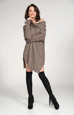 Cappuccino long sweater with slits