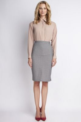 Grey pencil skirt with subtel pleats