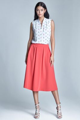 Coral pleated knee length skirt