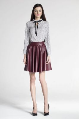 Maroon voluminous flared skirt